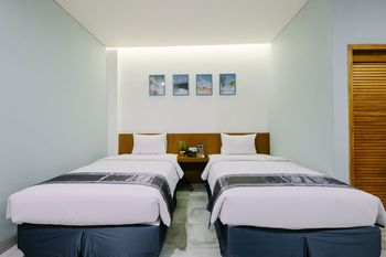 Lopi Hotel Makassar - Superior Twin Room Only Regular Plan