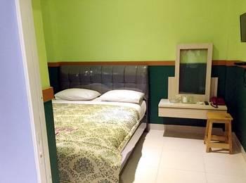 B Shaw Hotel & Restaurant Jakarta - Standard Double Room Only Basic double