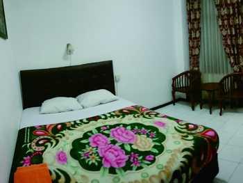 Hotel Cahaya Kasih Yogyakarta - Deluxe Room Lantai 2 Regular Plan