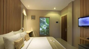 Puri Padma Hotel Bali - Deluxe Double Room Basic Deal 40%