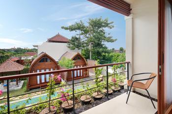 Allamanda Villa Jimbaran Bali - Suite Balcony Room Regular Plan