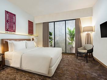 Swiss-Belinn Singkawang Singkawang - Premier Deluxe Queen Room Only Regular Plan