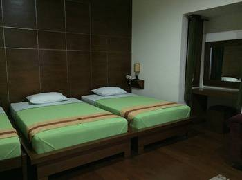 Pension Guest House Bandung - Family Room Only Regular Plan