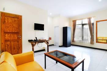 Saung Balibu Hotel & Resto Bandung - Family Room Only Basic Deal