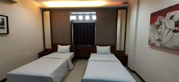 Hotel Sepuluh Bandung - Superior Twin Room Promo Stay Hepi