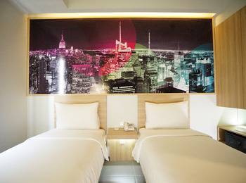 Cleo Hotel Jemursari - Biz Twin Room - With Breakfast Regular Plan