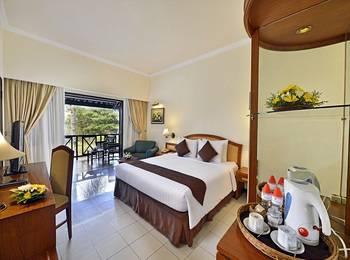 Grand Whiz Hotel Trawas Mojokerto - Deluxe Room Regular Plan
