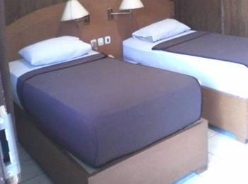 Hotel Mitra Inn Kediri - Deluxe Room Regular Plan