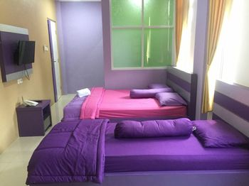 Hotel Ungu Pas Kangen Bekasi Bekasi - Suite Room with Breakfast NR Flash Sale 46%