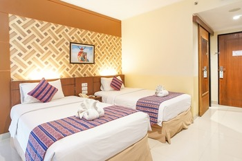 Aerotel Smile Makassar Makassar - Deluxe Twin Room Room Only NR Minimum Stay 3D 45%
