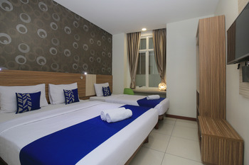 SMARTHOMM HOTEL ANCOL - Family Room Double Special Promo 11
