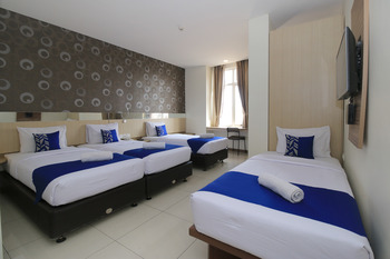 SMARTHOMM HOTEL ANCOL - Grand Family Twin Room Only Special Promo 31