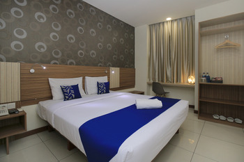 SMARTHOMM HOTEL ANCOL - Standard Double Room Only Regular Plan