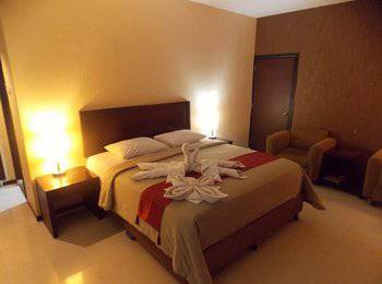 Hotel Gran Central Manado - Superior Double Room Only Last Minute Deal !!