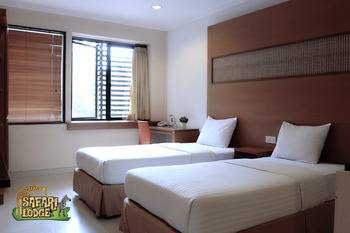 Taman Safari Lodge Cisarua - Standard Twin Bed Regular Plan