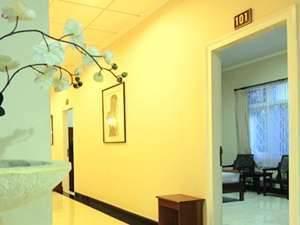 Catur Warga Hotel Lombok - Kamar Standar AC Regular Plan