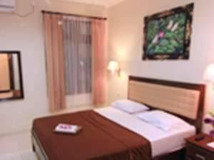 Catur Warga Hotel Lombok - Superior Room Regular Plan
