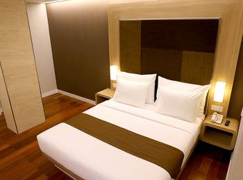 Grand Citihub Hotel Panakkukang - Deluxe King Regular Plan