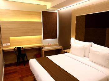 Grand Citihub Hotel Panakkukang - Superior King Regular Plan