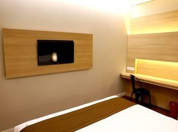 Grand Citihub Hotel Panakkukang - Superior King Room Only Regular Plan