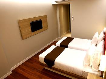 Grand Citihub Hotel Panakkukang - Superior Twin Room Only Regular Plan