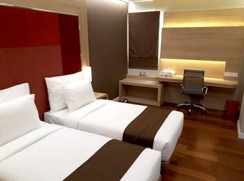 Grand Citihub Hotel Panakkukang - Deluxe Twin Regular Plan
