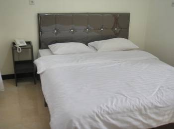 Dena Hotel Kupang - Superior Double Room Regular Plan