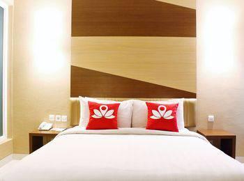 ZEN Rooms Cideng Timur Raya
