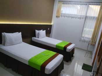 Hotel Bumi Makmur Indah Bandung - Superior Twin Room Only FC Stay More, Pay Lesss