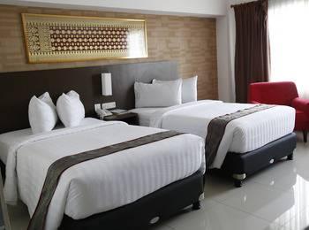 Hotel Inna Dharma Deli Medan - Royal Deluxe  Room Only Promo Discount 25%
