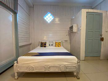 SPOT ON 2537 Bunda House Padang - Spot On Double Regular Plan