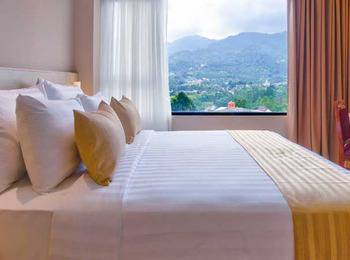 Grand Diara Hotel Bogor - Suite Room With Breakfast Regular Plan