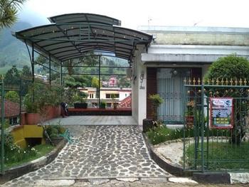 Villa Private Puncak by DCM