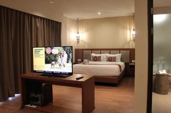 Baobab Safari Resort Pasuruan - Junior Suite Hill View Regular Plan