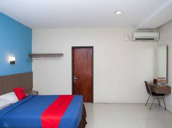 RedDoorz @Cassa Pasteur Bandung - Deluxe Room with Breakfast Regular Plan