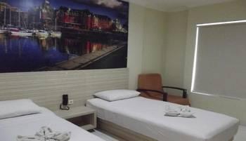 Pama Hostel Tulungagung - City Room Twin Regular Plan