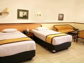 Taman Sari Hotel & Resort Sukabumi  Sukabumi - Family Room with Terrace and Garden View Regular Plan