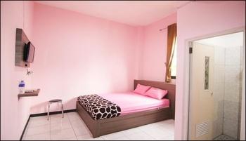 MP Hotel Purwakarta Purwakarta - Deluxe Room LONG STAY