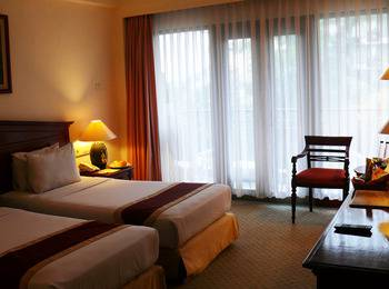 The Jayakarta Bandung - Executive Twin Room Only Regular Plan