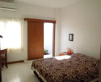 Prima Dini Hotel Bukittinggi -  Deluxe Double AC Room Only Regular Plan