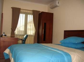 FR Guest House Jakarta - Deluxe Room Regular Plan
