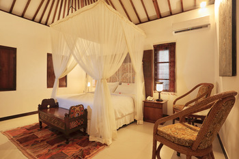 Puri Mas Boutique Resort & Spa Lombok - Clasic Queen Room  Last Minute Special Deal