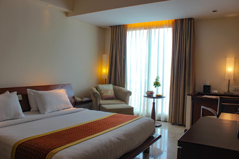 Grand Surya Hotel Kediri - Superior Double Smoking Flash Sale