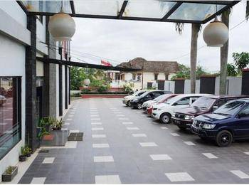 Hotel Feodora Airport