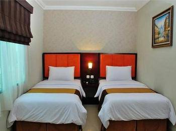 Feodora Airport Hotel Palembang - Deluxe Room Only Promo 10% Free Upgrade(subject to availabity)