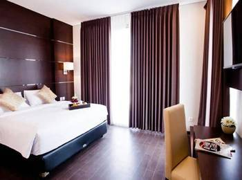 D'Season Premiere Jepara Jepara - Junior Suite Room Regular Plan