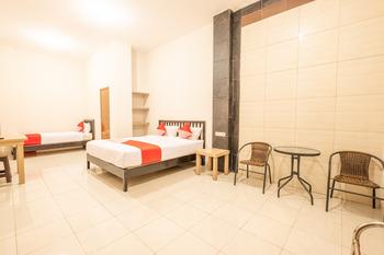 OYO 936 Tremigo Guest House Syariah Cirebon - Suite Family Regular Plan