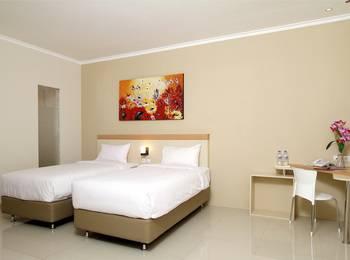 Laxston Hotel Jogja - Superior - dengan sarapan Regular Plan