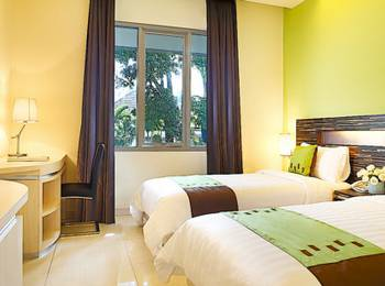 Patra Comfort Bandung - Deluxe Twin Room Only Regular Plan