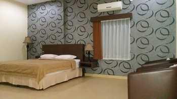 Grand Sakura Hotel & Restaurant Palangka Raya - Superior B Regular Plan